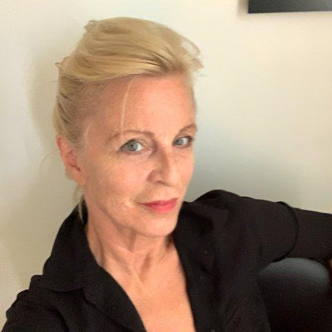 Nancy Oliveri